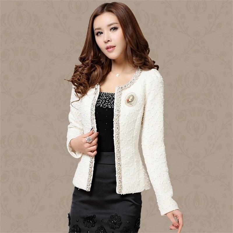 White Tweed Jacket Coat 2018 Autumn Women's Beading Long Sleeve Woolen  jacket Trim  Pearl Pocket Runway Jacket tweed jacket