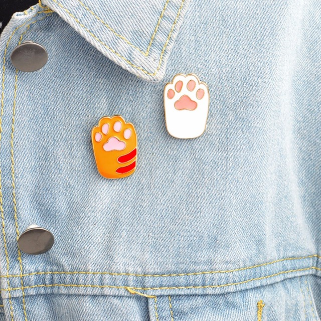 Fashion Cute Pet Paw Print Brooch Pins Metal Animal Enamel Pin Cartoon DIY Lapel  Pin Badge