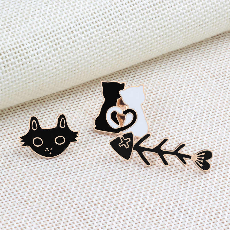 Dier Tas Voor Vrouwen Mannen Shirts Revers Pin Badge Trui Rok Broche Visgraten Hoed Cartoon Zwart Wit Kat 1 pc Sjaal Paar