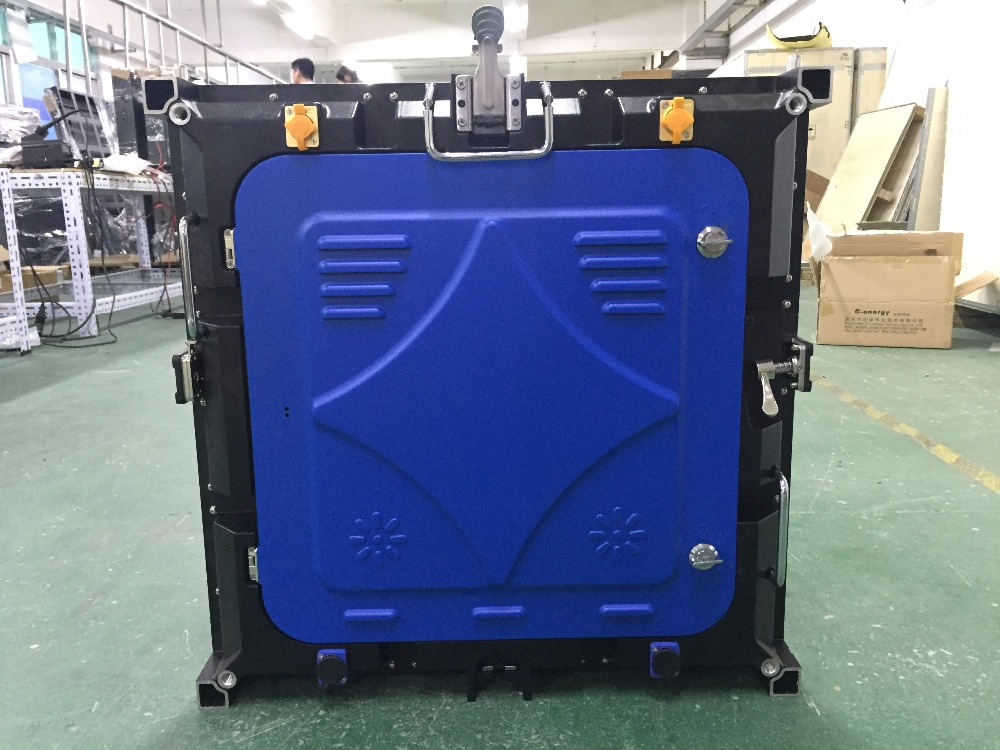 16pcs Outdoor P6 Full Color,SMD 3535 1/8 Scan,576X576mm Die Casting Aluminium Cabinet Including Flight Cases Processor+sending