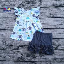 뜨거운 판매 맞춤형 덤보 드레스 세트 프릴 진주 소매 디자인 장식 프릴 반바지 아기 소녀 여름 의상
