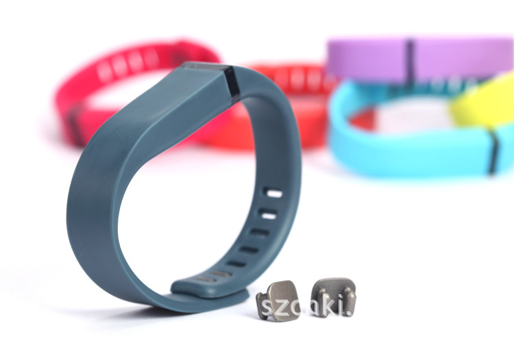 Купить с кэшбэком ZycBeautiful replace Band for Fitbit Flex wristband bracelet Small or Large Size with Metal Clasps / Silicon Sport Wrist bands