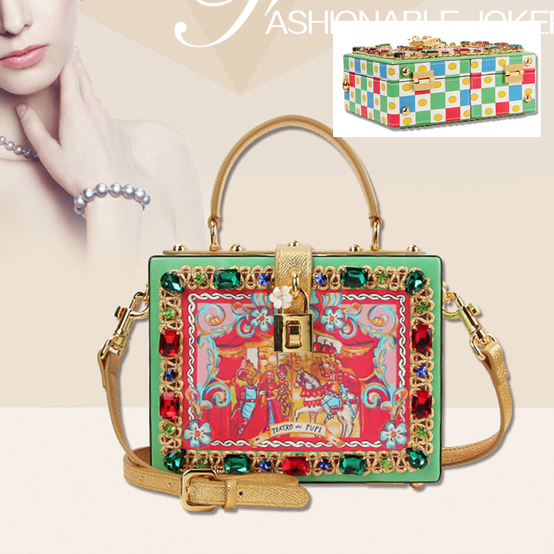 Bohemia Bag female leather shoulder bag New printing box bag retro mini box packet retro wild embroidery female packet 2018