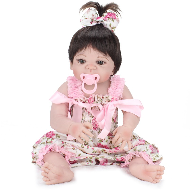 23Inch / 58cm Soft Vinyl Reborn Baby Doll Full Silicone Reborn Baby Doll Leksaker Girl Kids Bath Dolls Barn Brithday Girls Brinquedos