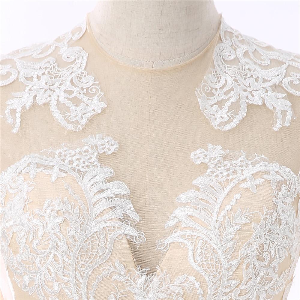 Champagne 2018 Formal Celebrity Dresses Mermaid Long Sleeves Appliques Lace Long Evening Dresses Famous Red Carpet Dresses