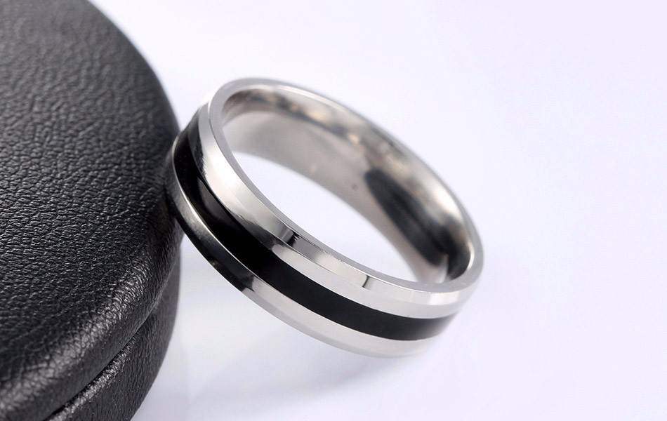 titanium-steel-black-striped-jewelry-ring-1