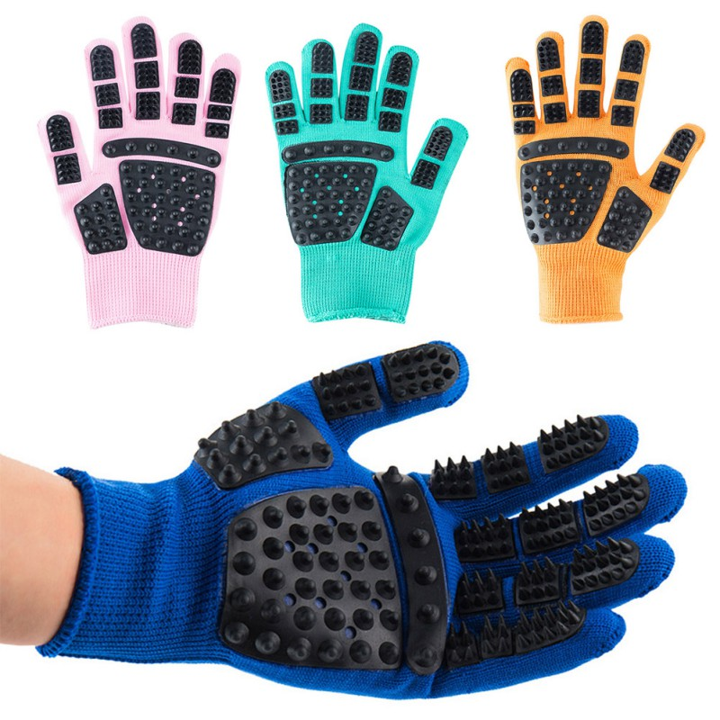Set of Pet Grooming Gloves for Animal Hair Removal for Dogs and Cats Made of Synthetic Fiber with Soft Tips Useful for Cleaning of Pets