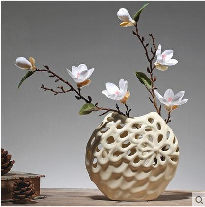 The emulation flower table vase is decorated in the living room adornment European style of contract