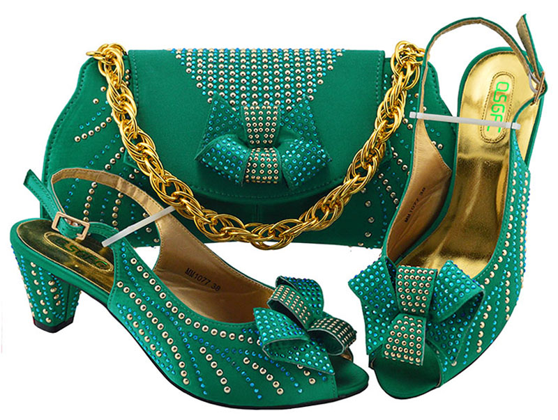 3 Correspondre Corail Créateur 5 Sacs Luxe 8 Nigérian 6 Chaussures Dernière Sac Ensembles Nouveauté 2 Soirée À Et 7 4 1 De Ensemble Femmes Pour 2019 zq07R