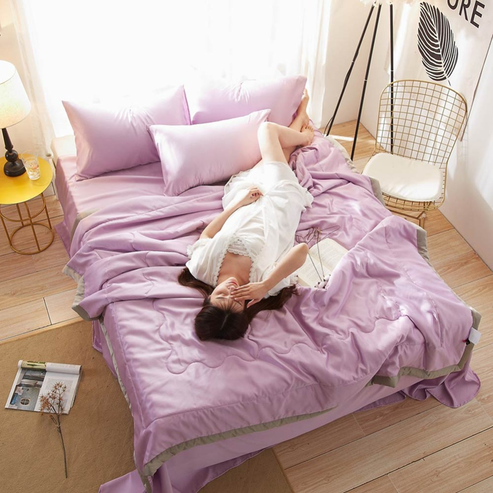 2019 Light Purple Bedlinens Quilting Quilt Set Satin Fabric Polyester Twin Queen Size Summer Comforter Bedsheet Pillowcases