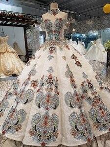 Image 2 - 2018 nuevo patrón de novia hombro con una palabra auto cultivo coreano fino conciso largo de cola de color vestido de boda Vestido completo 2411