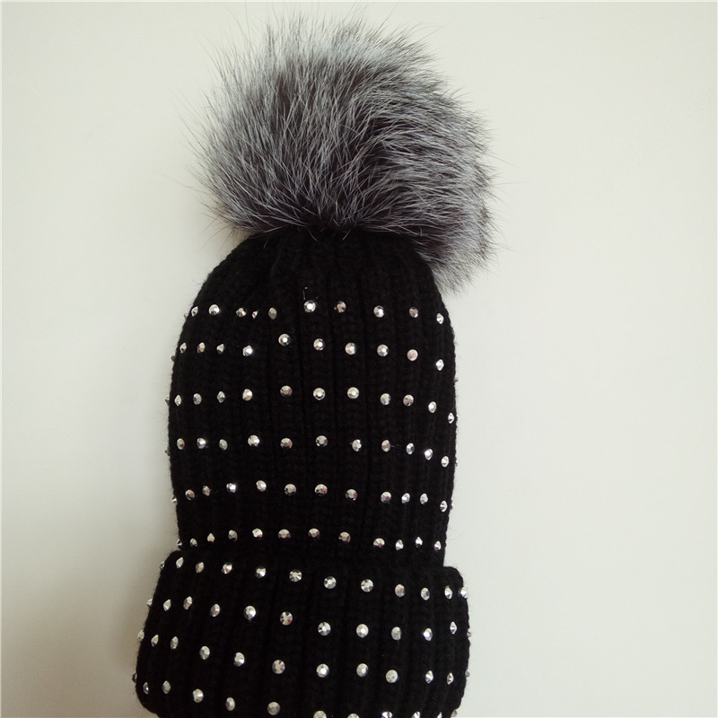 New Women Winter Hats Knitted Beanies Caps Real Fox Fur Big Ball Pom Pom Warm Hats For Females casquette touca inverno Fashion