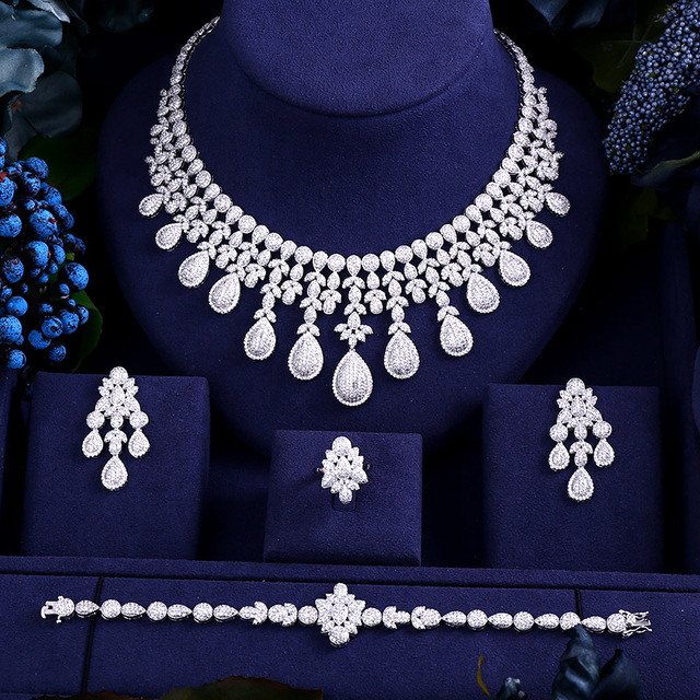 Luxury cubic zirconia necklace set