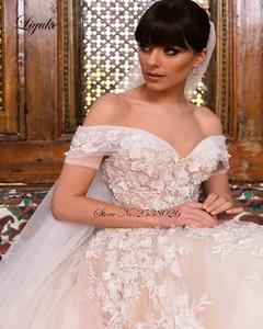 Image 4 - לקנות 1 מקבל 1! Liyuke מעודן ויוקרתי כדור שמלת שמלות כלה כבוי כתף חתונת שמלה עם צעיף מתנה