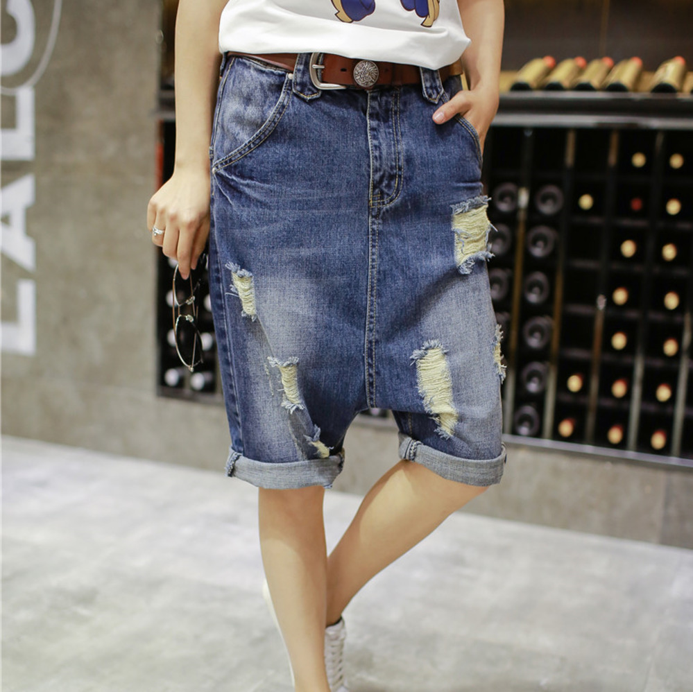 Summer Low Drop Crotch Denim Shorts Hip Hop Punk Style Baggy Harem Shorts Vintage Ripped Sagging Skateboard Cowboy Short B80501