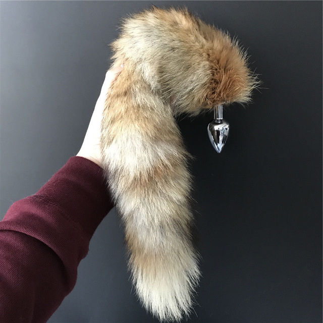 1c99bb31c34 Magicfur - Large Real fox fur tail w 2.8x7cm Plug Funny cosplay tool to  Keychain