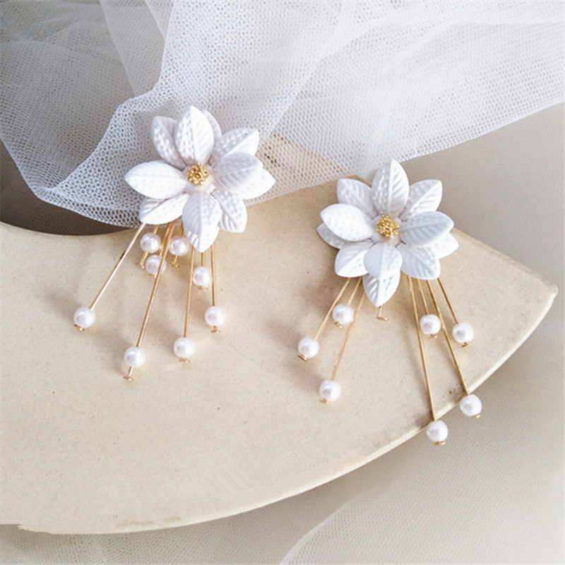 US $2.15 40% OFF|Fashion pearl white flowers earring female popular Long tassels stud earrings Classical temperament tassel earrings for women-in Stud Earrings from Jewelry & Accessories on AliExpress