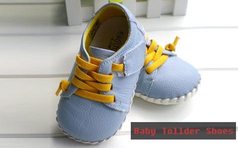 de princesa infantil da criança primeiros caminhantes