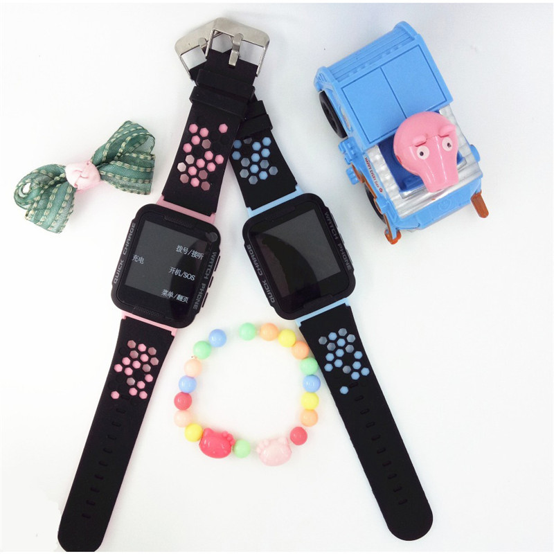 High Quality 1.44 Kids SmartWatch HD Touch Screen Display For IOS Android System Smart Watch with Flashlight Kids smartwatch
