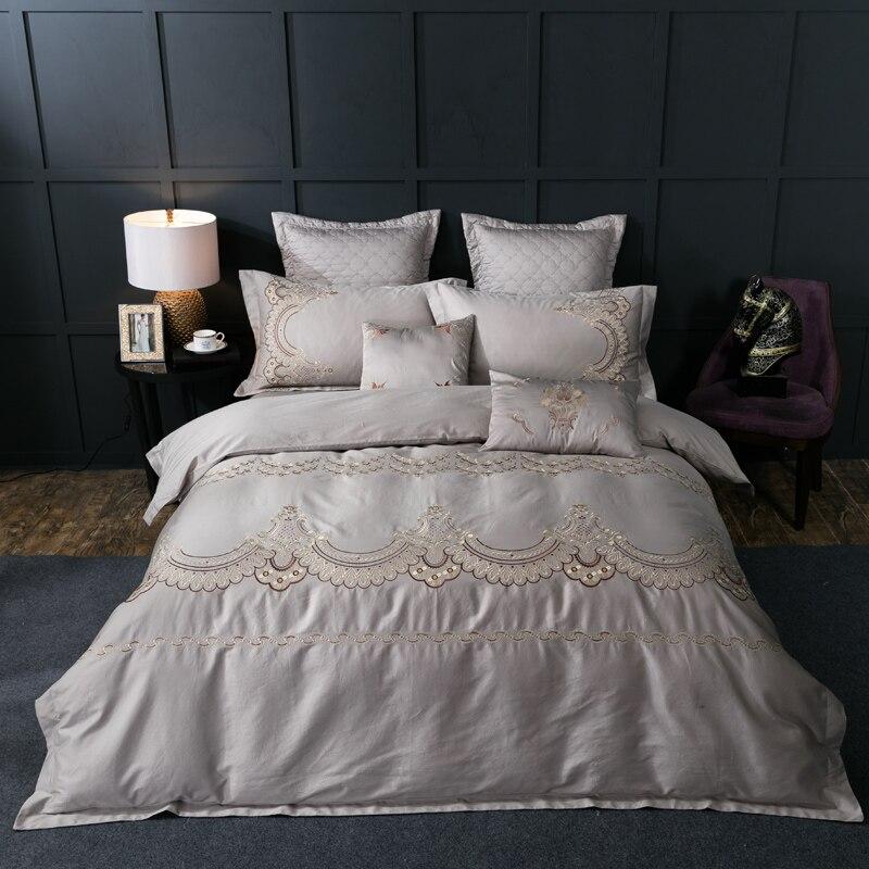 Комплект постельного белья с Королевской вышивкой, серый и красный цвета, двуспальный Размер 4/6 шт., хлопковый комплект постельного белья, п