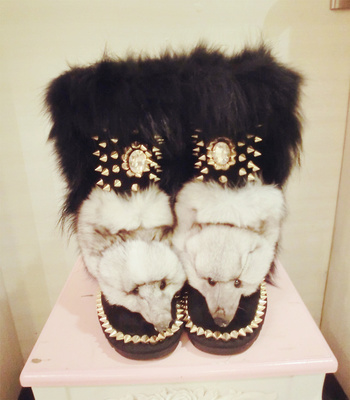 Здесь можно купить  Top custom high-end real fox fur really fox head thick snow boots real cowhide warm rhinestone gemstone cotton boots.  Обувь
