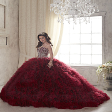 Горячее вино красные бусины Кристаллы бальное платье Бальные платья Тюль оборками Дешевые Vestidos De 15 Anos Сладкий 16 платья
