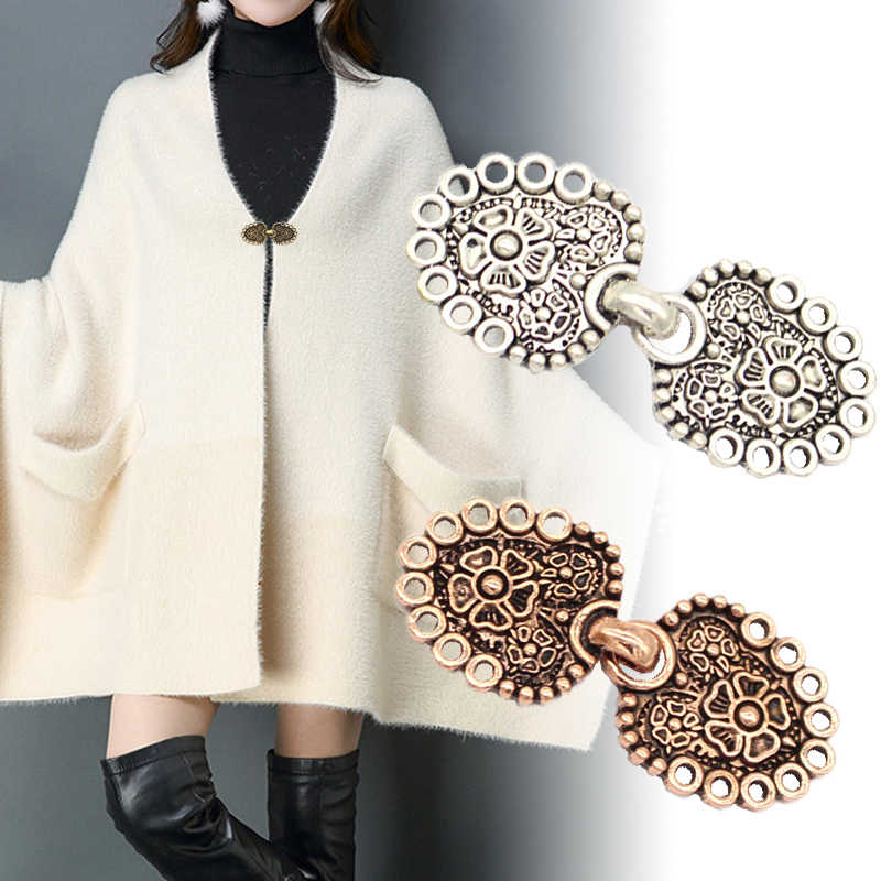 Fashion Retro Plating Duckbill Buckle Clothing Decor Chain Cardigan Clip Sweater Blouse Clip Clothing Decoration Brooch Pins