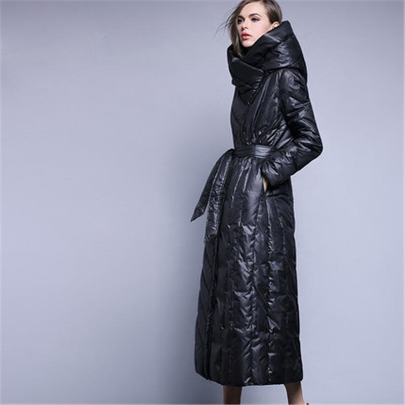 À Extra Épaisse Manteau Long Noir Chaud Femmes 2018 Femelle Ceinture Européen Black De Parka Avec Canard Qualité St321 Haute Duvet Veste Style Capuchon vq7Exw0x