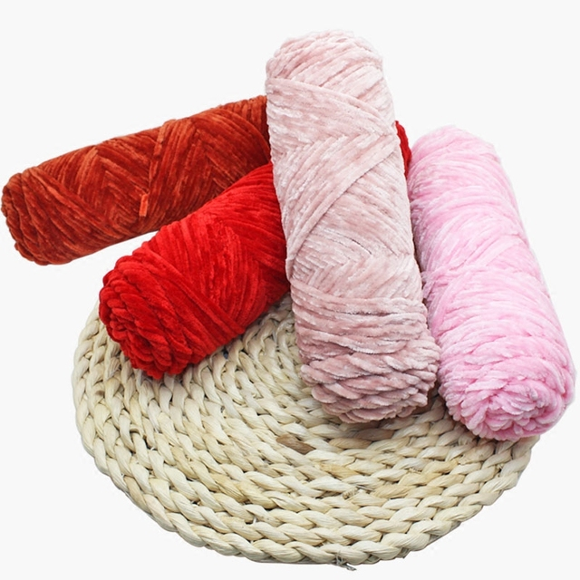 2balls100g Popular Soft Smooth Pleuche Polyester Chenille Yarn For