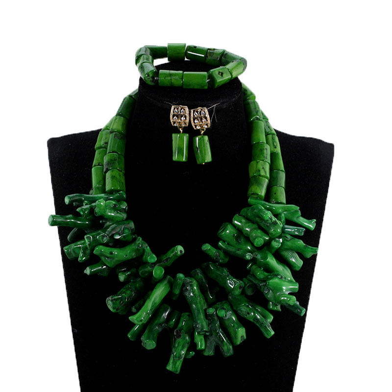 HTB1GIONdLQs8KJjSZFEq6A9RpXaO African Nigerian Wedding Coral Beads Jewelry Set Green Chunky Beads Statement Necklace Set Baroque Style CNR035
