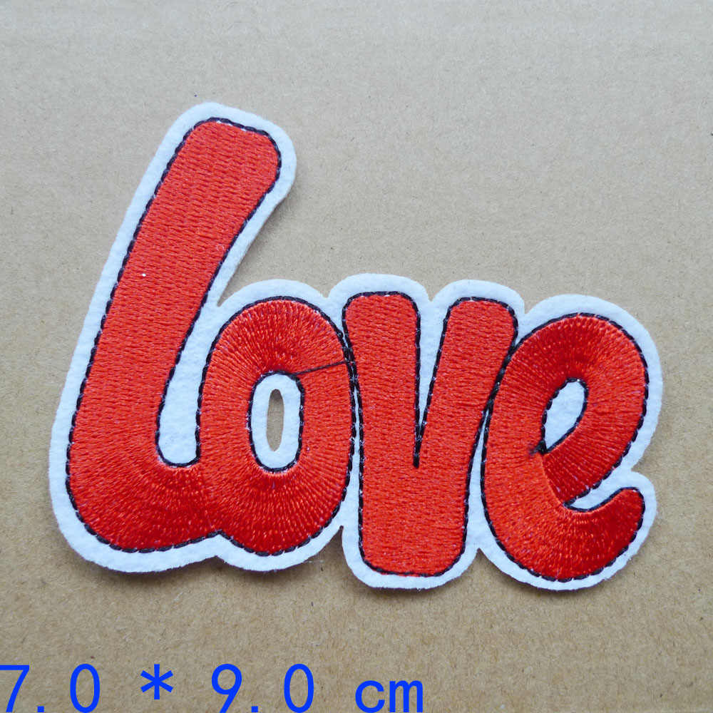 Dulce amor increíble Pow Star letras dibujos animados rayas bordadas Parches de hierro para ropa Parches de mano ropa insignias de costura