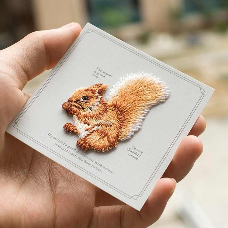 Sale Quality Deer Squirrel Embroidered Animals Applique Patches Iron On Sewing Patch For Cloth Jean Clothing Bags Shoes DIY