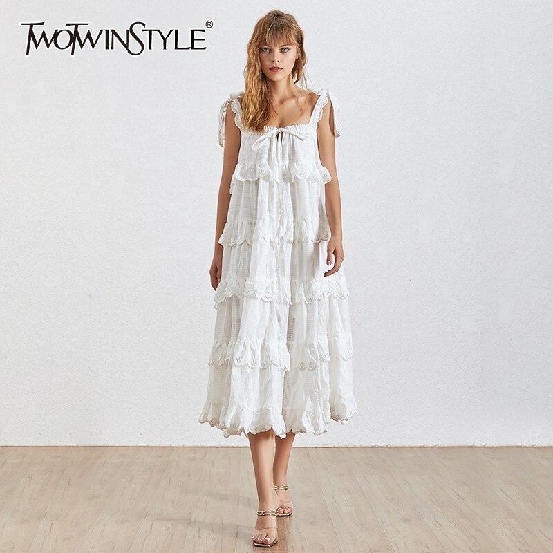 Kadın Giyim'ten Elbiseler'de TWOTWINSTYLE Yaz Straplez Kapalı Omuz kadın Elbise Backless Ruffles Bow Bir Çizgi Elbiseler Kadın Moda 2019 Moda Yeni'da  Grup 1