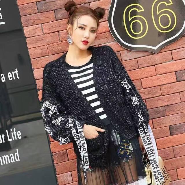 YingYuanFang tajlandia moda panie cartoon aplikacja letterband cardigan sweter, prawdziwe zasoby reklamowe, dobrej jakości