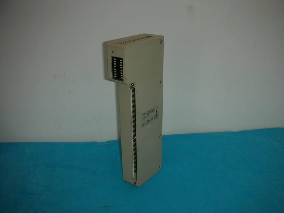 1PC USED Omron PLC C500-IA222 / 3G2A5-IA222 1pc used plc a1sy42p