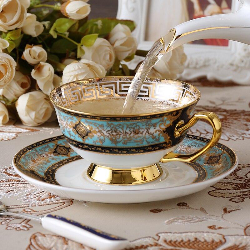 Haute qualité motif or os chine tasse à café de style européen après-midi thé tasse ensemble en céramique fleur thé tasse de luxe café tasse ensemble