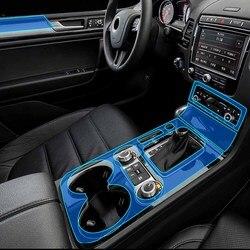 Stylizacja samochodu nowe wykończenie wnętrza samochodu deska rozdzielcza wyczyść farby naklejki foliowe ochronne dla VolksWagen Touareg 2011 2017 w Naklejki samochodowe od Samochody i motocykle na