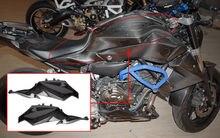 цены Motorcycle Carbon Fiber Side Panel Gas Tank Side Cover Fairing for 2015 2016 2017 Yamaha FZ MT 07 FZ07 MT07 Accessories