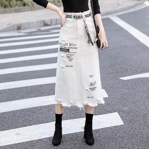 Image 1 - Kobiety z przodu z dziurami, dżinsowe spódnica 2020 nowa moda wiosna letnie, długie spódnice wysokiej talii na co dzień białe dżinsy spódnica Plus rozmiar 5XL