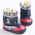 2017 Nuevos Zapatos de lona Zapatos Mocasines Bebé Chrismas Bebé Recién Nacido primer caminante Del Bebé Zapatos calientes del invierno con botas de piel de bebé