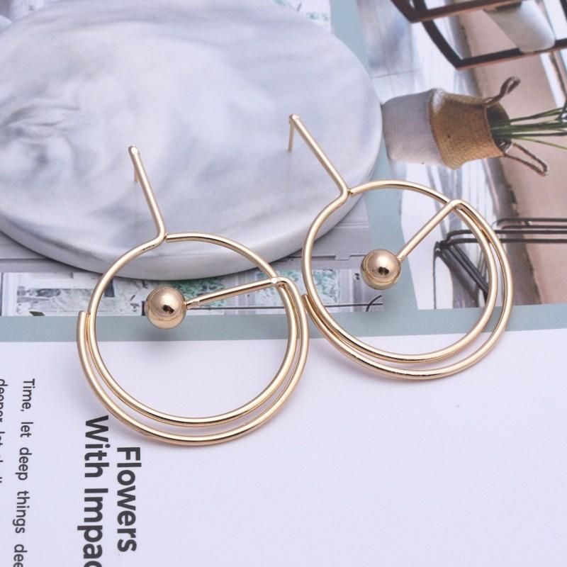 Vintage Geometric Round Metal Earrings For Women Glossy Hollow Cirlcle Exaggeration Earrings Punk Jewelry Modern Art
