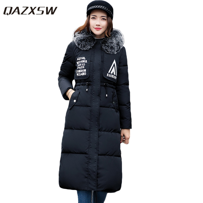 QAZXSW 2017 New Winter Cotton Coats Women Jacket Girl Print Long Parkas Hooded Fur Collar Outwear Jacket Jaqueta Feminina HB304 qazxsw 2017 new winter cotton coat women padded jacket hooded long parkas for girl thick warm winter coat jaqueta feminina hb274