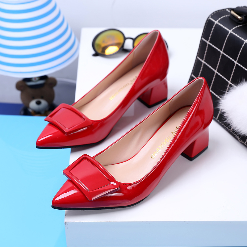 New Low Heel High Heels Red Women's Wedding Shoes OL Single Light Patent Leather Female Pumps Shoes Office Lady Spring 2018 new 2016 factory matte shoe women pointed toe red bottom low heel pump lady single ol work career spring fall shoes 678 2suede