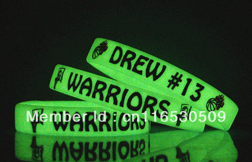 Free shipping 100pcs custom printed glow in dark silicone wristband promotional silicone bracelet with your logo and text