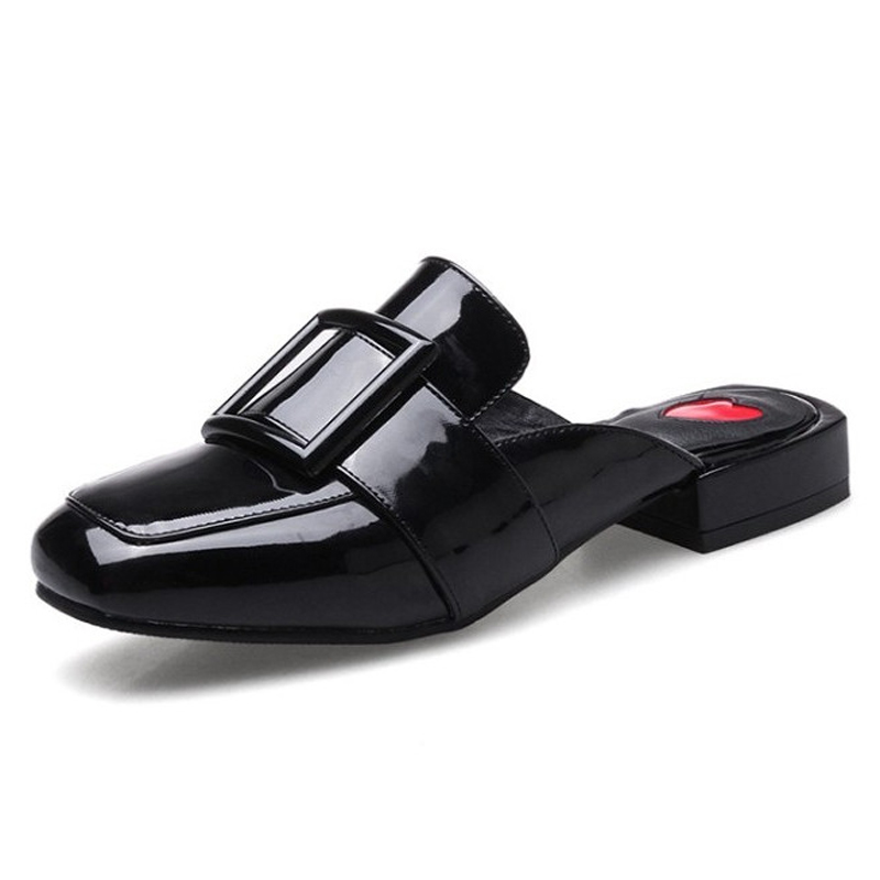 ФОТО Summer Style Mules Woman Flats Patent Leather Sandals For Women Shallow Half Slippers Spring Ladies Flat With Sildes Shoes Woman