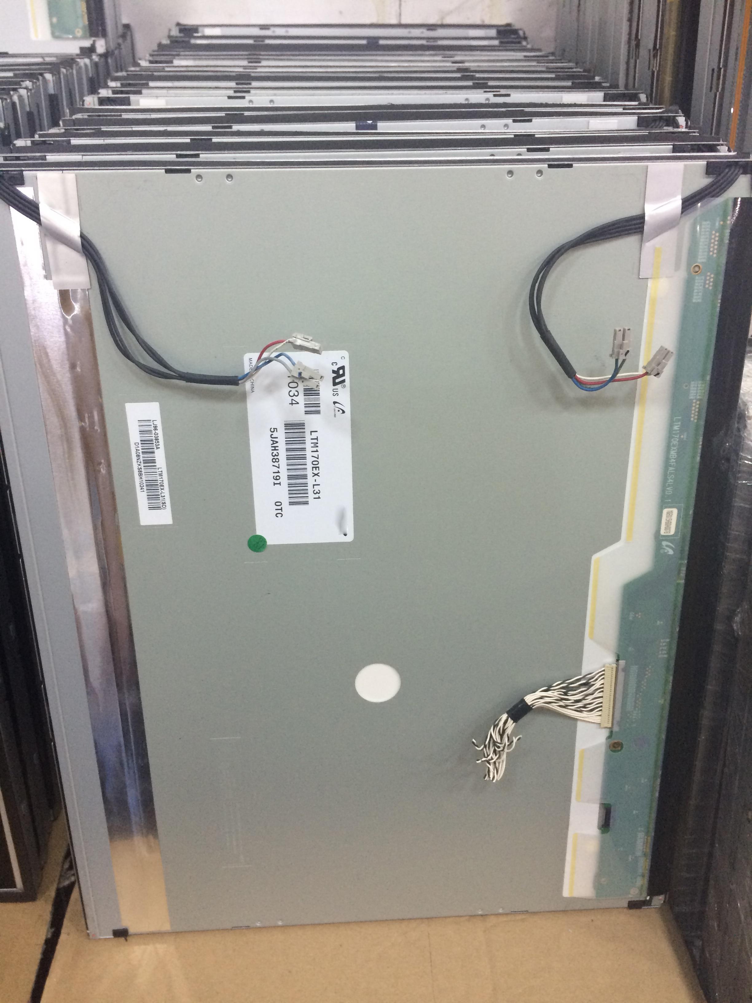 все цены на  Industrial display LCD screen original 17-inch LTM170EX-L31 large 4000 A + perfect  онлайн
