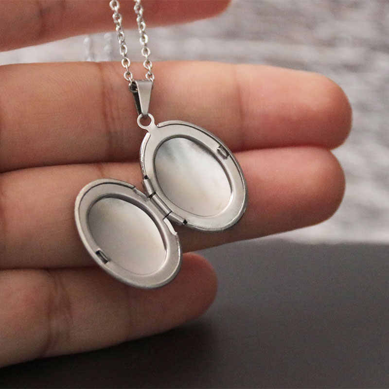 1pc Cute Oval Shell Photo Frame Pendant Necklace Stainless Steel Charms Locket Necklaces Women Men Fashion Memorial Jewelry