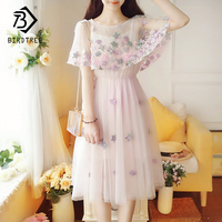 2018 Summer New Arrival Women Dresses Embroidery Floral Print Flare Sleeve Sweet Ruffles Fashion O Collar Mesh Hots Sale D85902L