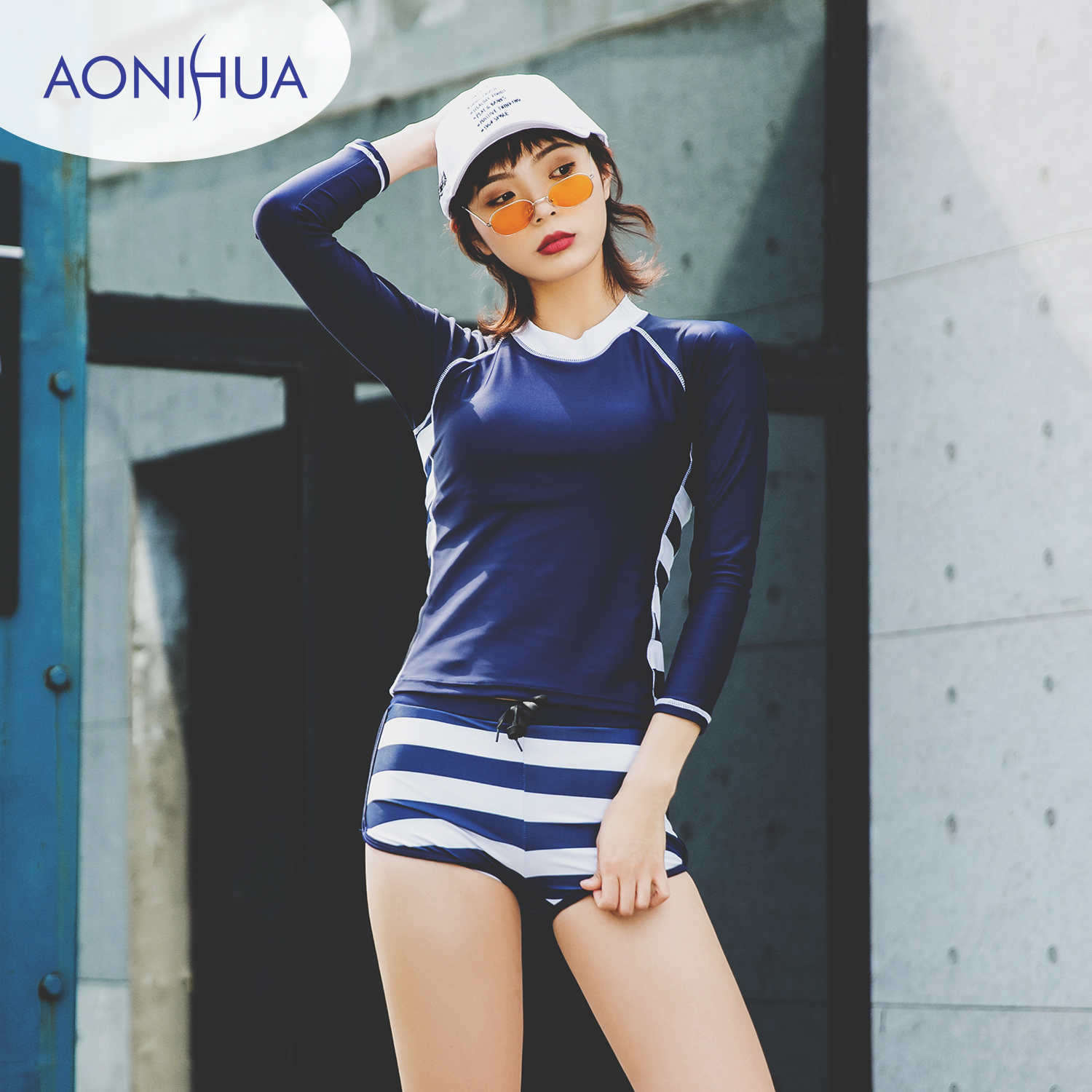 2019 New Korean Women Two Pieces Swimwear Blue Long Sleeves Snorkeling Surfing Wire Free Chest Padded Sunscreen  Bathing Suit