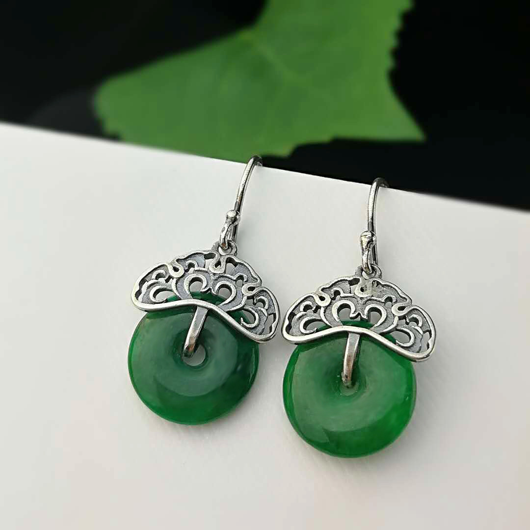 Hand Carved Green Jade Earrings For Women Peace Buckle Amulet For Women Real 925 Sterling Silver Vintage Hooks Drop EarringHand Carved Green Jade Earrings For Women Peace Buckle Amulet For Women Real 925 Sterling Silver Vintage Hooks Drop Earring